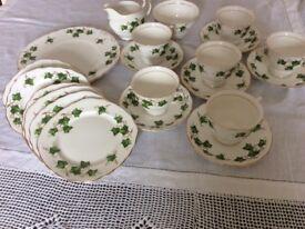 Bone China COLCLOUGH Green Ivy tea service.