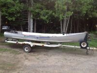 15 ft. Grumman Square Back Canoe