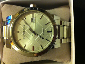 BURBERRY SWISS MADE AUTOMATIC WATCH - MINT CONDITION GREAT PRICE