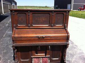 Parlour Organ Circa 1885
