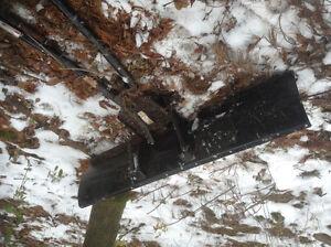 ATV snow plow. And mounting bracket Kingston Kingston Area image 2