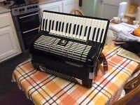Weltmeister Diana piano accordion