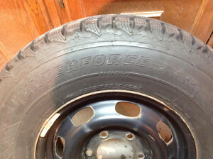 Firestone Winterforce 4 Winter Tires with Rims 225/75R/15 West Island Greater Montréal image 1