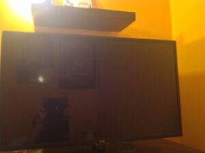 Great Condition LG Smart TV 32""