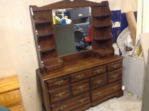 DRESSER ,MIRROR AND 2 NIGHT TABLES