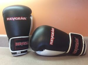 Women's Leather Revgear Boxing Gloves 12oz