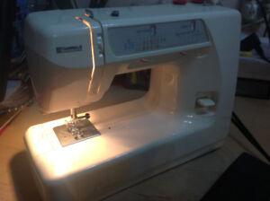 KENMORE SEWING MACHINE MO:385.12914 - good working order