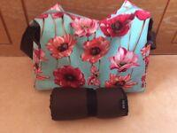 Oi Oi Poppy changing bag an mat