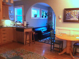 STUNNNING furnished executive home heritage area