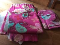 Fully lined curtains ( 180cm drop 160cm wide) & matching single duvet set