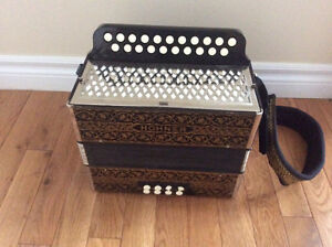 Hohner Pokerwork HA-2815 button accordion GC.