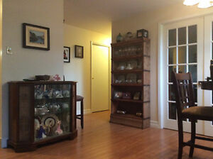 Spacious 2-bedroom with den