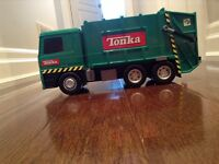 Tonka truck with batteries in great condition for only 5$
