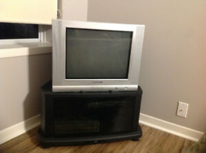 PRICE DROP ---- For Sale - Magnasonic television