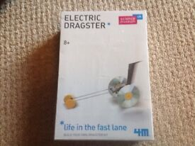 BRAND NEW ELECTRIC DRAGSTER (science museum) 8+