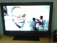 """32"""" LCD TV SONY EXCELLENT CONDITION HD"""