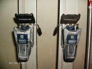 Head Sport 3.5 downhill skis
