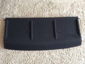 Parcel shelf for a Citroen Saxo Mk1