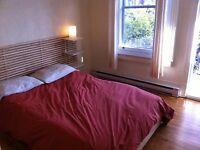 Metro Jean-Talon, appartement ensoleillé une chambre fermée