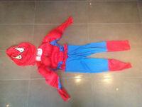 Costume de Spiderman enfant à donner