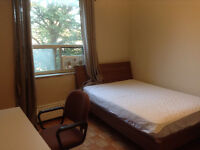 A Large Bedroom for rent Leslie/Bayview on Sheppard, North York