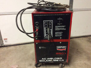 220 volt century arc welder 230 amp works excellent