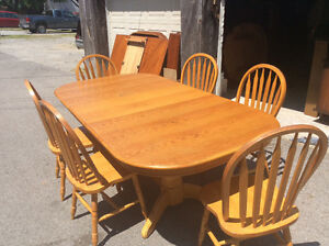 Large double pedestal table and six chairs 195.00