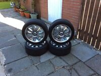 Alloys wheels with tyres