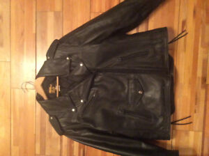 Women's leather motorcycle suit