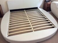 Super King Round Bed