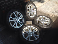 Bridgestone Blizzak, run-flat, 205/55R/16 on alloy rims