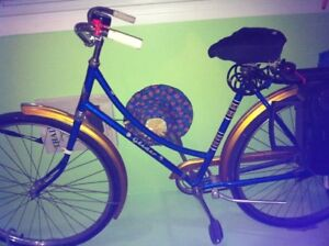 Older ' English ' Bicycle - ALL Original - Looks Great