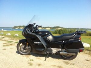 1990 Honda ST1100 LOW COST RELIABLE TOURING