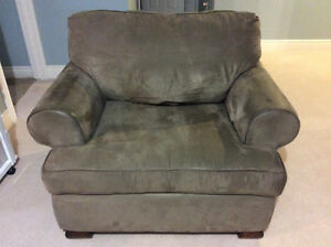 Microfibre oversized chair