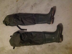 Size 7 hip waders