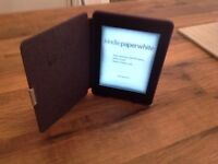 Amazon Kindle paperwhite e reader with genuine kindle case