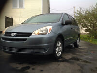 2005 Toyota Sienna AWD STOW&GO INSPECTED