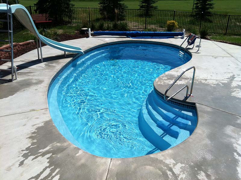 In-Ground Swimming Pool - Leading Edge - Crystal Bay - Do It Yourself Package