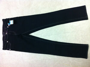 Brand New Girls Levis - Size 12 - Skinny Fit