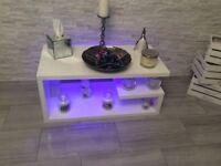 Highgloss white coffee table