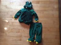 Old Navy dragon costume suze 12-24 months