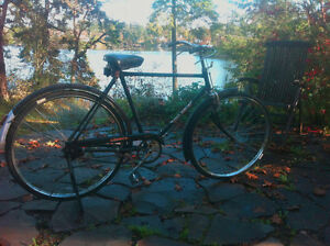 Hero Cruiser Bicycle. All original parts. Gorgeous vintage bike