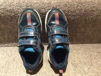 Clarks children sport shoes- Size 9,5 E-Very good condition