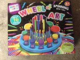 Art wheel 76 pieces brand new