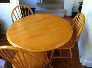 Dining Table with 4 Chairs 120 OBO
