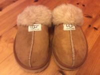 Ladies Ugg Slippers, size 3