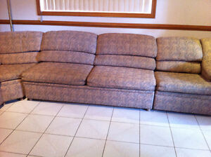 8 pieces sectional couch Windsor Region Ontario image 4