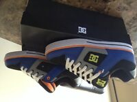 DC Shoes - NEW - Size 8