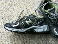 Boys New Balance running shoes, size 2, like new