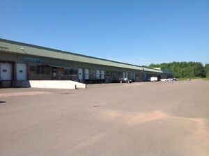 INDUSTRIAL / DISTRIBUTION space for lease - great condition